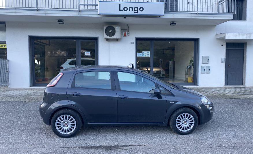 2014 Fiat Punto street
